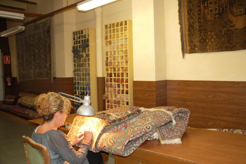 Limpieza de alfombras barcelona good limpieza de moquetas - Alfombras persas barcelona ...
